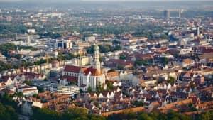 Augsburg ist Deutschlands Stadt mit den meisten gesetzlichen Feiertagen. Das Friedensfest gerhört dazu.