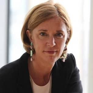 Schulministerin Yvonne Gebauer möchte auch für die SchülerInnen in NRW späte Sommerferien.